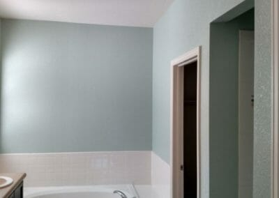 Residential_Painting_1_-_Bathroom_After_2-1024x576-1